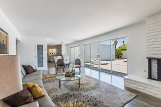 Home Staging Sells Palm Springs Mid Centry Modern Home